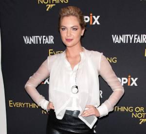 Kate Upton vs Laura Whitmore : la jupe crayon sexy en cuir