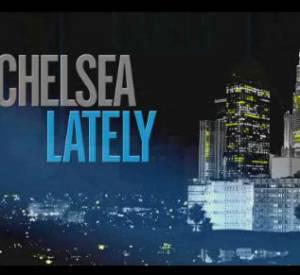 """Jennifer Aniston sur le plateau du """"Chelsea Lately""""."""