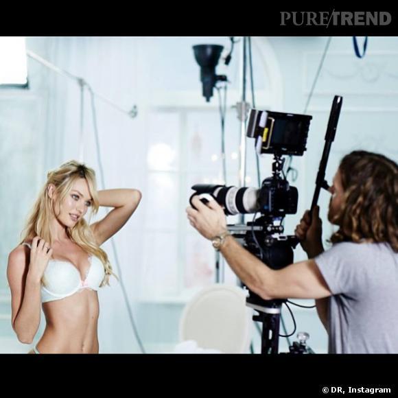 Candice Swanepoel n'hésite pas à dévoiler les coulisses de ses shootings photo, très sexy.