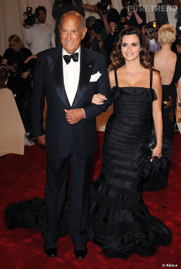 Penelope Cruz et Oscar de la Renta lors du Gala du Metropolitan Museum Costume Institute Benefit de 2011.