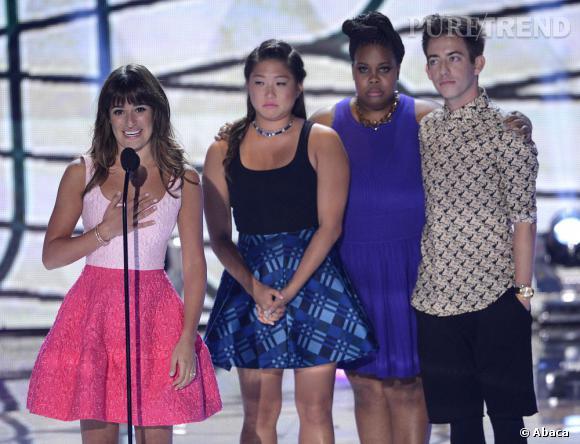 Lea Michele, Teen Choice Awards de l'actrice de comédie rend hommage à Cory Monteith.