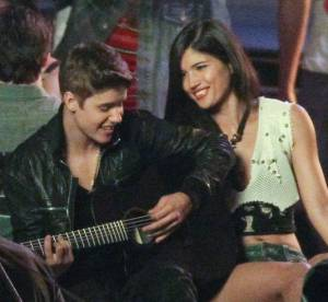 Justin Bieber, Shakira... : la guitare, atout seduction