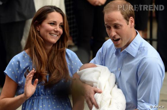 La belle Kate Middleton avait fait entrer son coiffeur en catimini au sein de la maternité pour sortir sur le perron avec un brushing parfait.