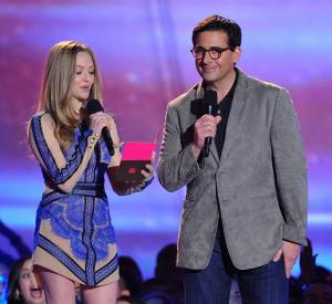 Steve Carell et Amanda Seyfried lors des MTV Movie Awards.