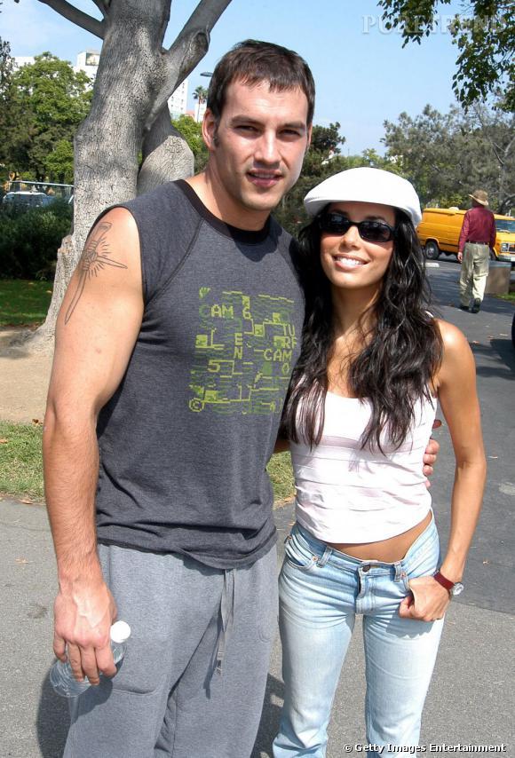 Tyler Christopher et Eva Longoria :  ensemle de 2001 à 2004, ils ont été mariés de 2002 à 2004.