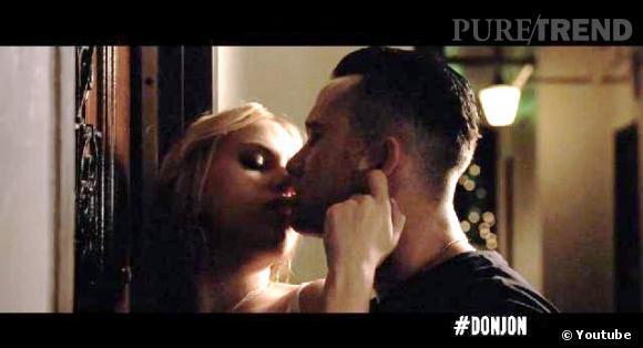 "Scarlett Johansson et Joseph Gordon-Levitt, sérieux rapprochement dans le film ""Don Jon""."