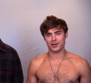 Zac Efron à moitié nu aux côtés de Seth Rogen pour promouvoir Neighbors.
