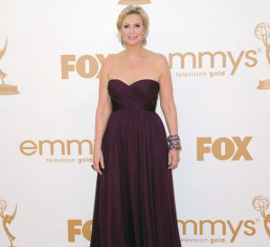 Jane Lynch (ici aux Emmy 2011) a voulu rendre hommage à Cory Monteith.
