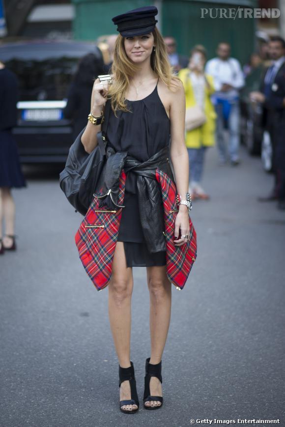 Street Style Fashion Week De Milan La Veste Aux Pans Imprim Tartan Dynamise Une Tenue 100