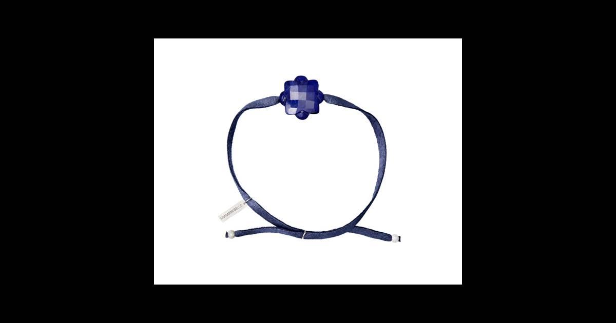 le must have d 39 am lie bracelet fleur de soie de morganne bello en lapis lazuli 100. Black Bedroom Furniture Sets. Home Design Ideas