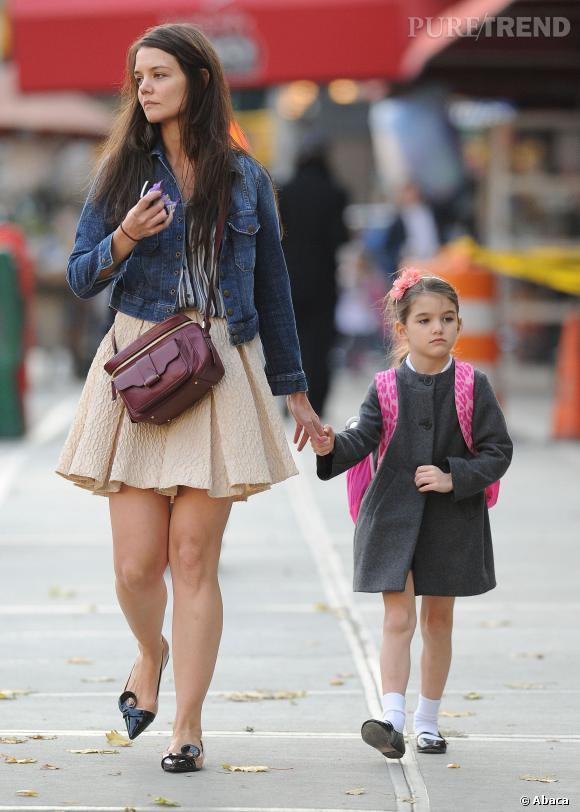 Katie Holmes doit sa perception de la beauté à sa mère. La petite Suri prendra certainement comme modèle sa maman.