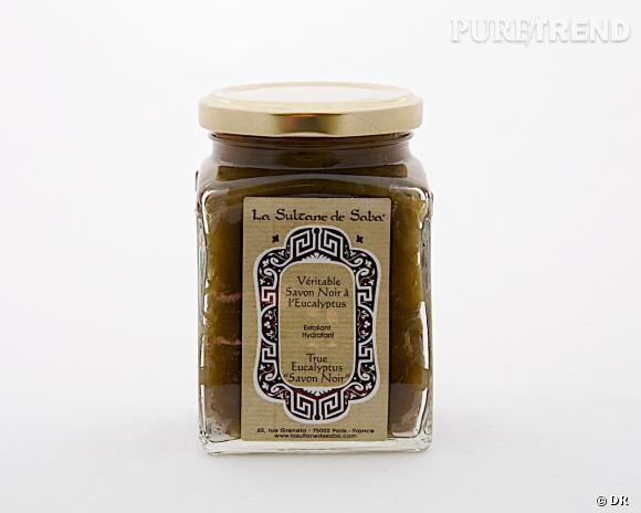 Nos must have pour bien nettoyer et démaquiller sa peau : savon noir à l'eucalyptus, La Sultane de Saba, 25 €