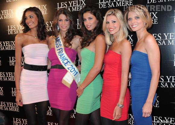 "Les ex-Miss félicitent la ""Maman"" des Miss France."