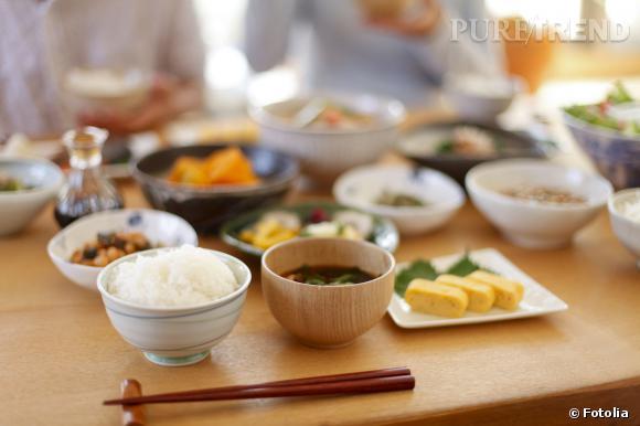 Au Japon, on décline le repas en une multitude de petits récipients.