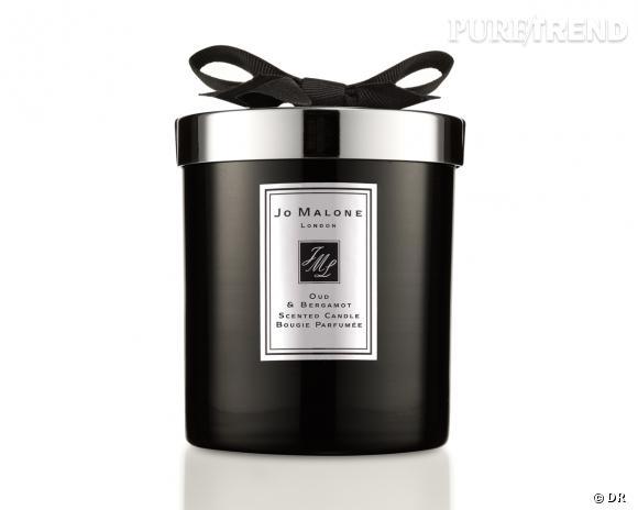 Bougie parfumée Oud & Bergamot, Jo Malone, 60 €