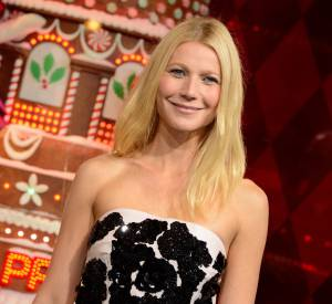 Vidéo de Gwyneth Paltrow qui illumine les vitrines du Noël 2013 du Printemps.
