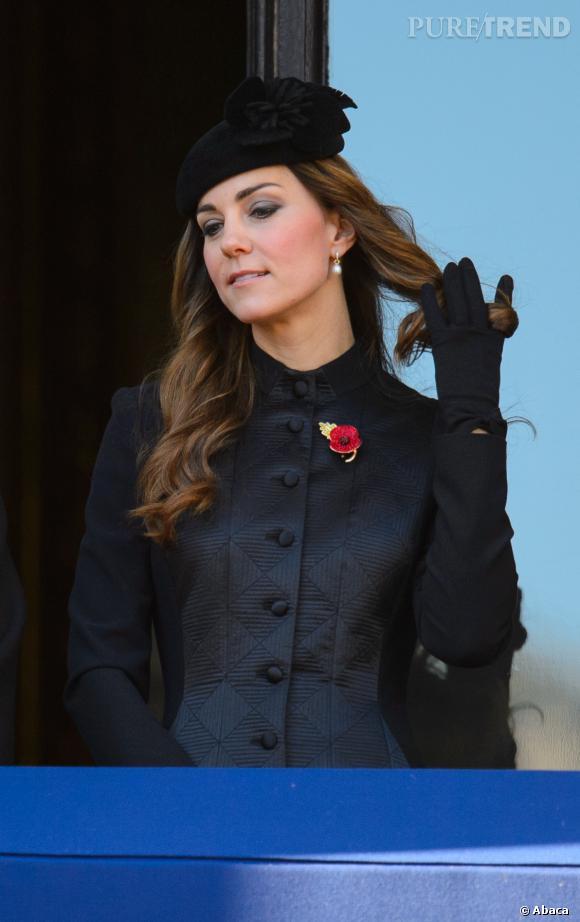 Kate Middleton le 10 novembre 2013 à Londres lors d'une cérémonie hommage aux anciens combattants de la première guerre mondiale.