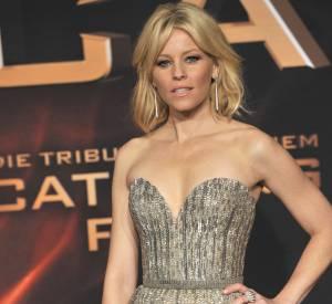 """Elizabeth Banks en Elie Saab pour l'avant-première de """"Hunger Games : L'Embrasement"""" à Berlin."""