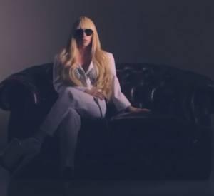 Découvrez la fabrication des Gaga Dolls.