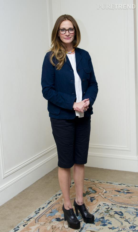 Julia Roberts est-elle enceinte de son 4e enfant ? Sa denière apparition fin novembre lors d'une conférence de presse pour Un été à Osage County sème également le doute...