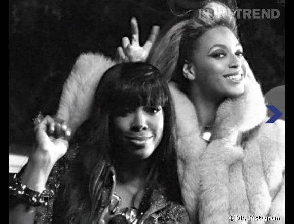Beyoncé et Kelly Rowland : elles aussi vont au karaoké.