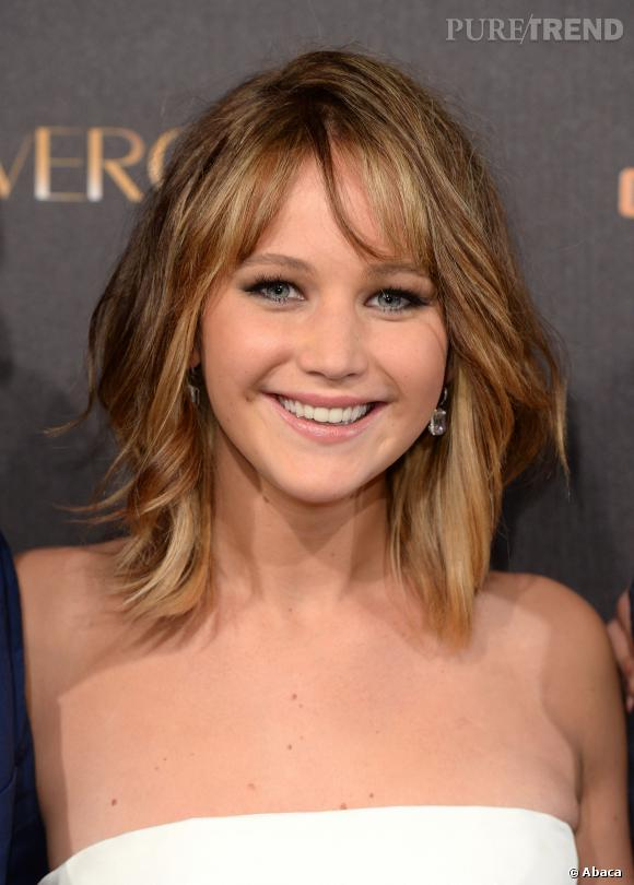 Jennifer Lawrence avec les cheveux longs.