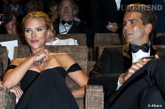 Scarlett Johansson et son cher et tendre Romain Dauriac. C'est pour lui qu'elle s'est installée à Paris.