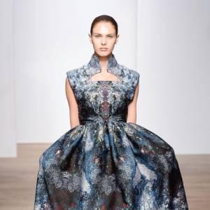 Défilé Haute Couture Automne-Hiver 2013/2014 Yiqing Yin.