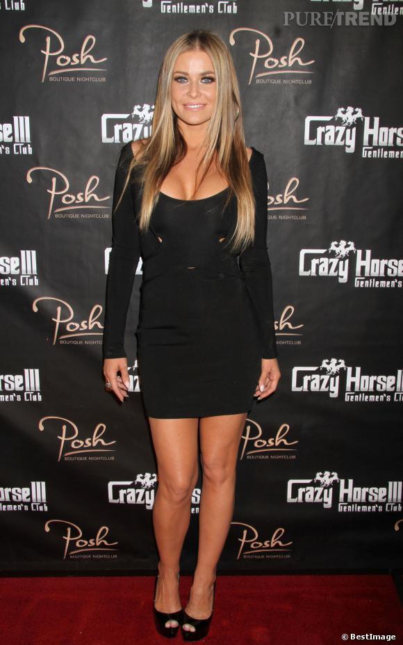 Carmen Electra, toujours aussi sexy pour les soirées au Crazy Horse.