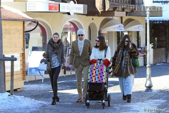 Les copines de la future mariée Jessica Hart, Margherita et Theresa Missoni sont déjà arrivées.