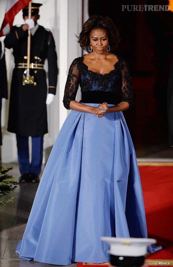Michelle Obama, époustouflante dans une robe de bal Carolina Herrera.