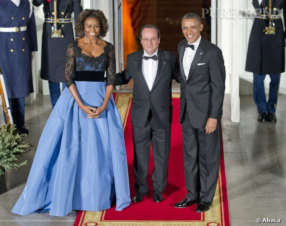 Michelle Obama aux côtés de François Hollande et Barack Obama lors du dîner d'État  à la Maison Blanche le 11 février 2014.
