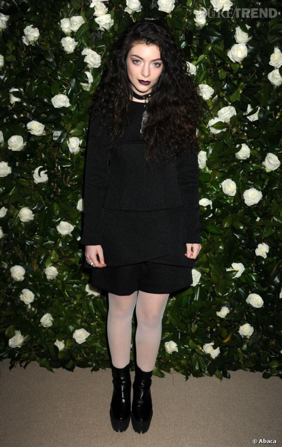 Lorde, chanteuse et sorcière des ténèbres.