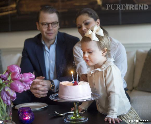 Estelle de Suède, la fille de la Princesse Victoria a soufflé ses bougies le 23 février 2014.