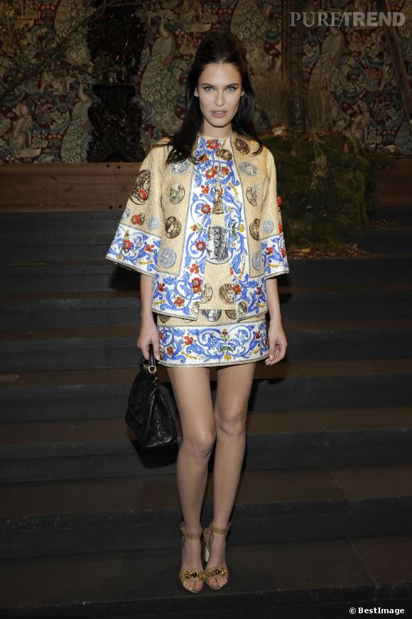 Bianca Balti portait un ensemble Dolce & Gabbana de la collection Printemps-Été 2014.