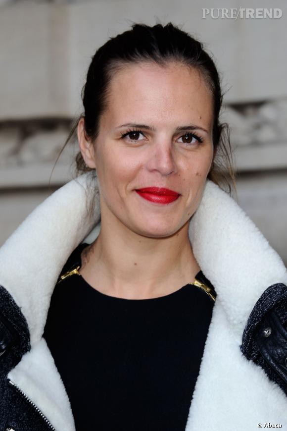 Laure Manaudou, radieuse lors de la dernière Fashion Week de Paris. Elle est l'invitée de Frédéric Lopez ce 12 mars.