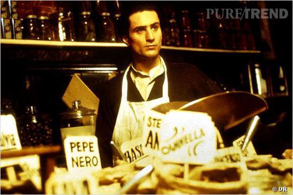 """Robert De Niro dans """"Le Parrain 2"""" ne croise jamais Al Pacino puisqu'ils ne jouent pas la même époque... Et pourtant, les deux acteurs dans le même film font rêver."""