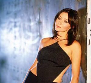 """Shannen Doherty alias Prue Halliwell dans """"Charmed""""."""