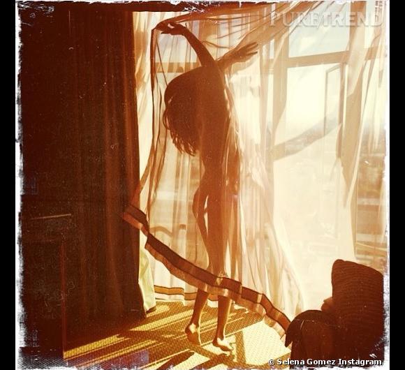 Selena Gomez nue sur Instagram le 21 mars 2014.