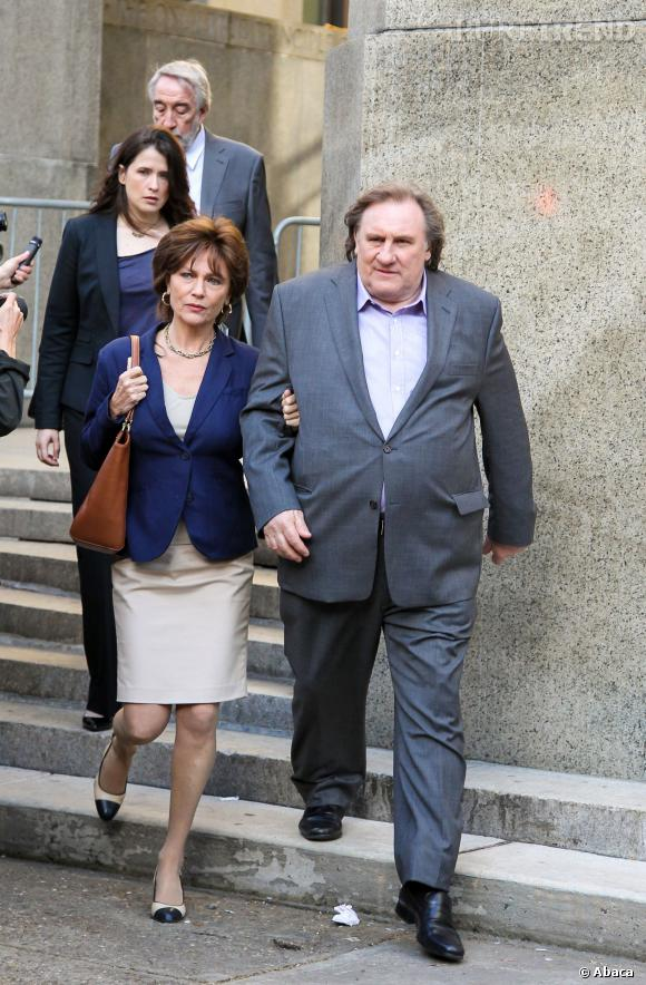 "Gérard Depardieu et Jacqueline Bisset dans ""Welcome to New York""."