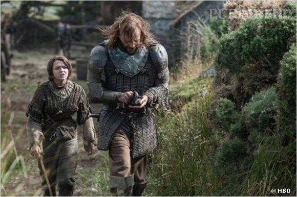 "Arya Stark et Sandor Cleagane, un duo peu commun dans ""Game of Thrones""."