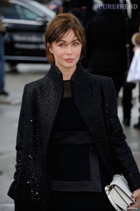 Emmanuelle Béart raconte comment elle est passée à côté d'une carrière à Hollywood.
