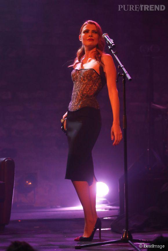 Elodie Frégé prend enfin du plaisir lors de ses concerts.