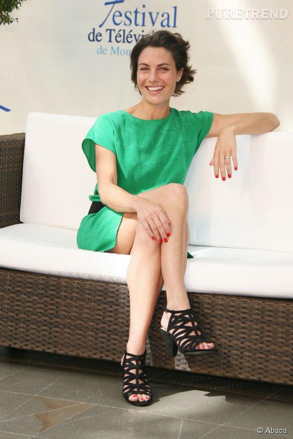 """Alessandra Sublet recueillera les confidences de célébrités du septième art pour """"Fais moi une place"""" dans les coulisses du Festival de Cannes, selon Télé 2 Semaines."""