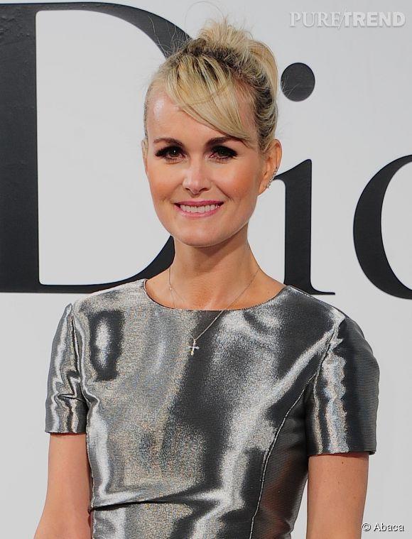 Laeticia Halliday, rayonnante dans sa robe futuriste, lors du défilé Croisière 2015 Christian Dior qui s'est déroulé à New-York le 7 mai 2014.