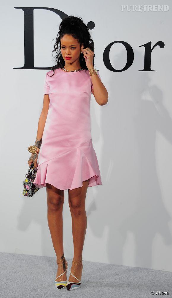 Rihanna belle et sage lors du défilé Croisière 2015 Christian Dior qui s'est déroulé à New-York le 7 mai 2014.