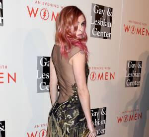 Rumer Willis : cheveux roses et robe transparente, c'est la révolution !