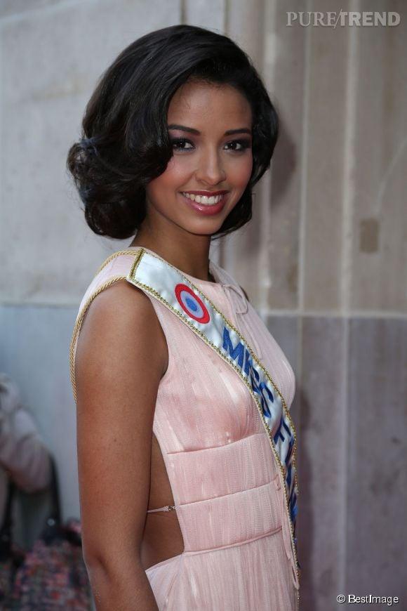 Flora Coquerel, Miss France 2014, lors de la soirée Global Gift Gala à Paris, le 12 mai 2014.