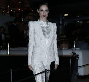 Coco Rocha, la femme en blanc de la soirée Cavalli à Cannes le 21 mai 2014.