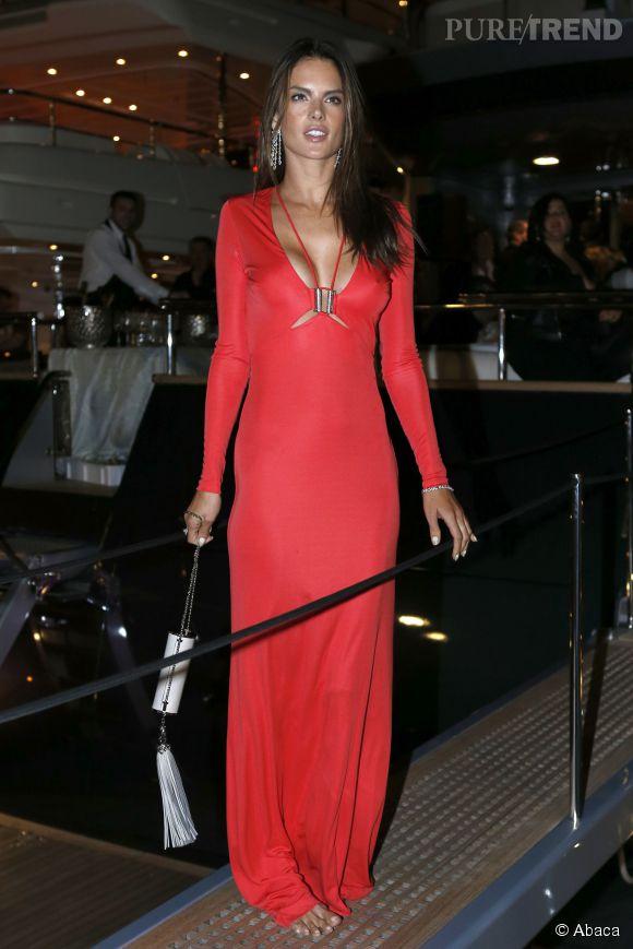 Alessandra Ambrosio en Roberto Cavalli à la soirée Cavalli à Cannes le 21 mai 2014.